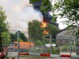Großbrand: Lagerhalle brennt in voller Ausdehnung