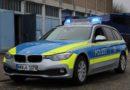 [ME] Mit 2 Promille gegen Verkehrszeichen, Ampelmast und Streifenwagen – Ratingen